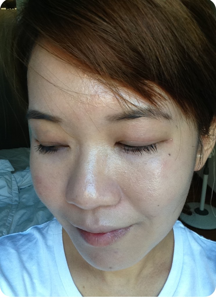 Elizabeth Arden Visible Whitening Multi-targeted UV Shield BB Cream on face