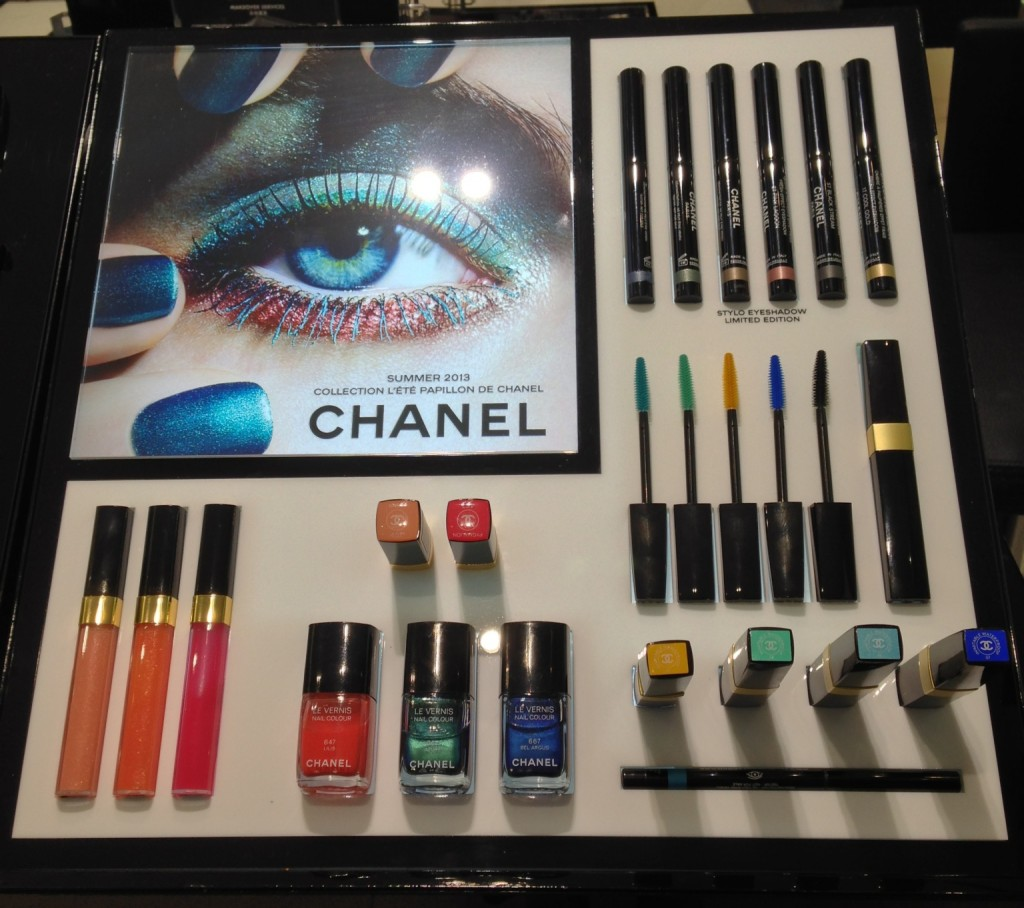 Chanel L'ete Papillon display