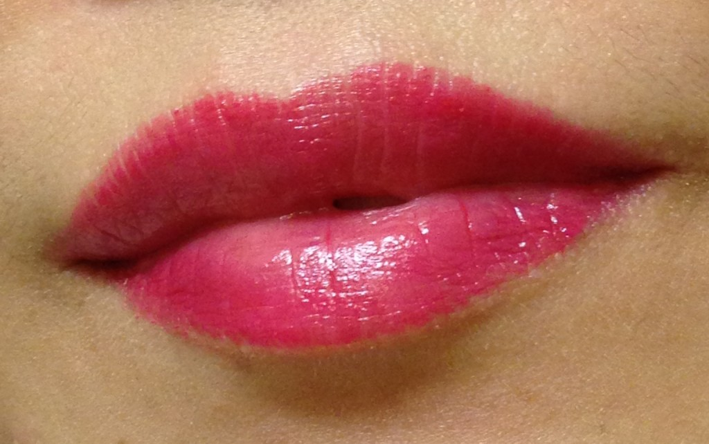 Marc Jacobs Beauty LoveMarc Lip Gel Viola swatch