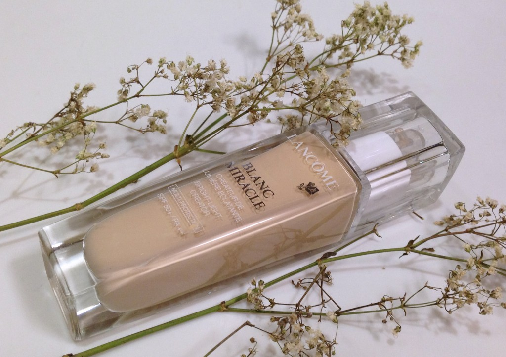 Lancome Blanc Miracle Fluid Foundation