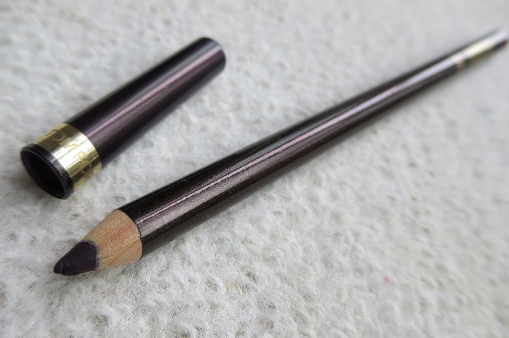 Tom Ford Eye Defining Pencil in Bruise