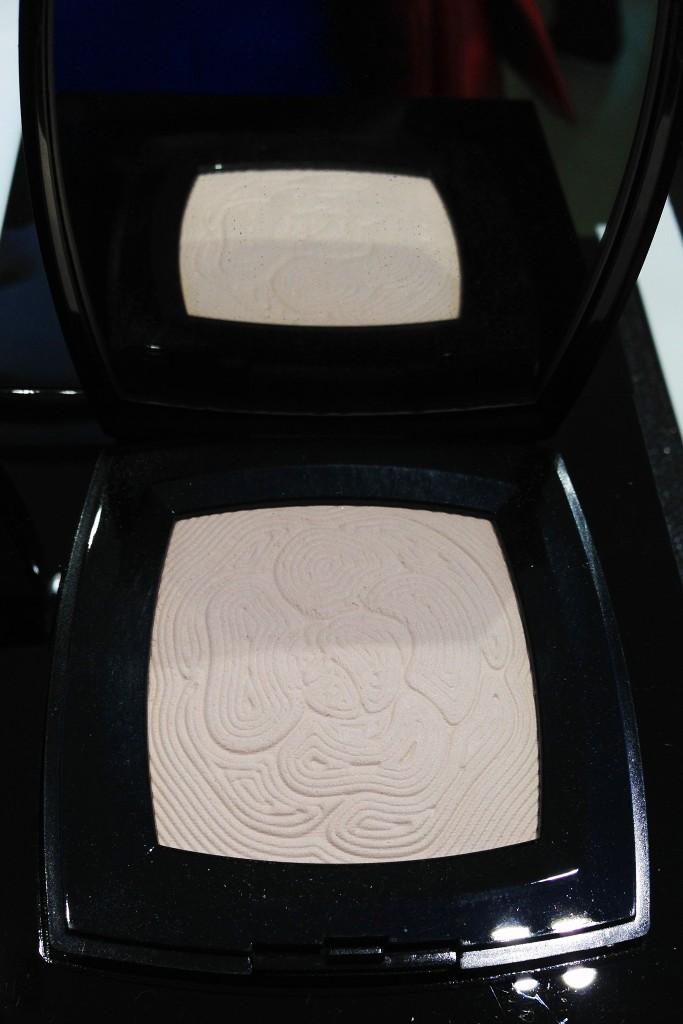 Chanel Illuminating Powder Jardin de Camelias