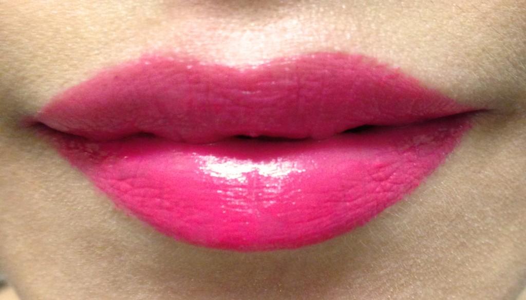 Laneige Serum Intense Lipstick Flaire Magenta swatch