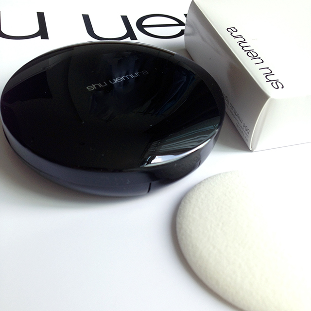 Shu Uemura Oleo-Compact Cream Foundation